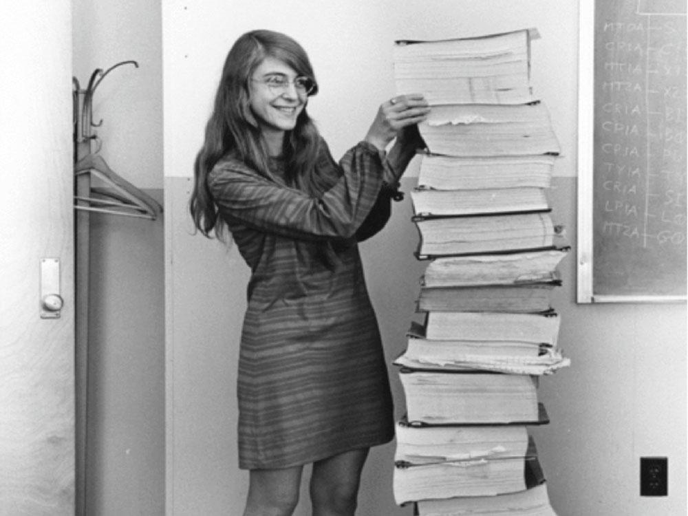 〈一千億分の八〉アポロ11号の危機を救った女性プログラマー、マーガレット・ハミルトン