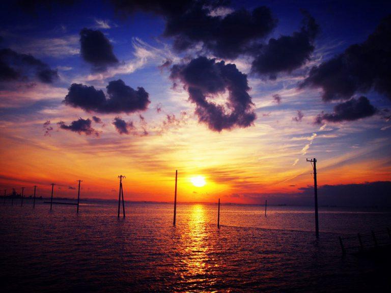 """隠れた人気スポット、日本のウユニ塩湖""""江川海岸""""を取材してきました☆"""