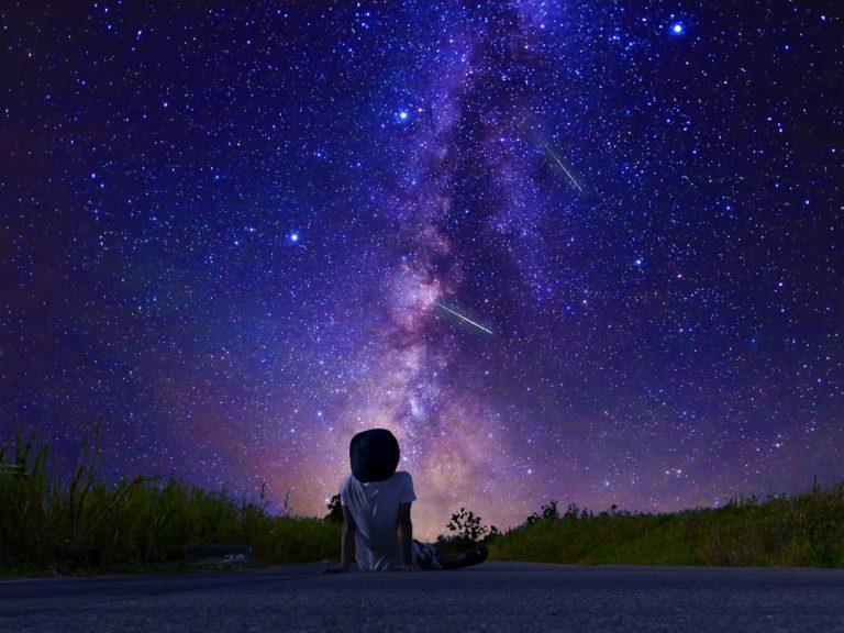 天体観測にチャレンジ!星空を見る準備とは?