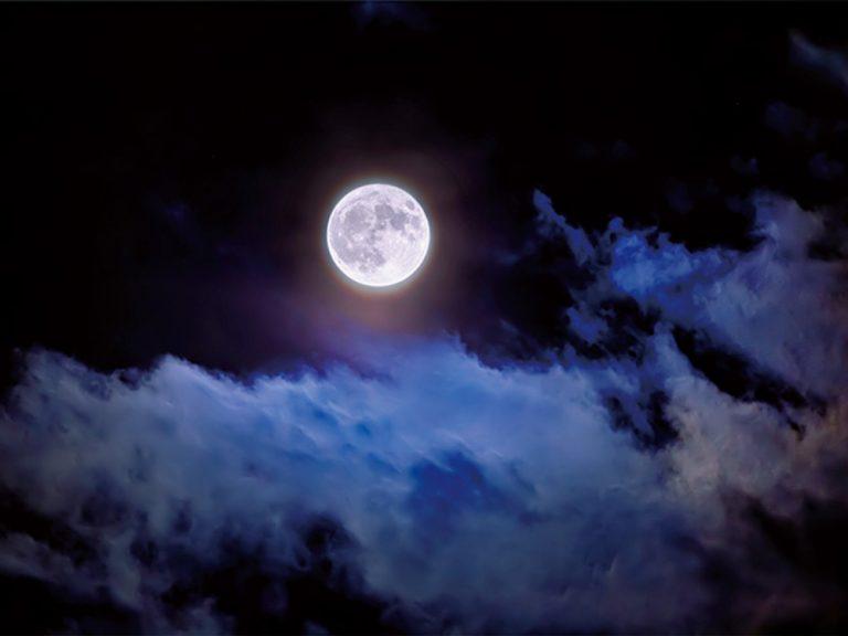 【KAGAYAフォトエッセイ『一瞬の宇宙』】はじめに 空の宝探し